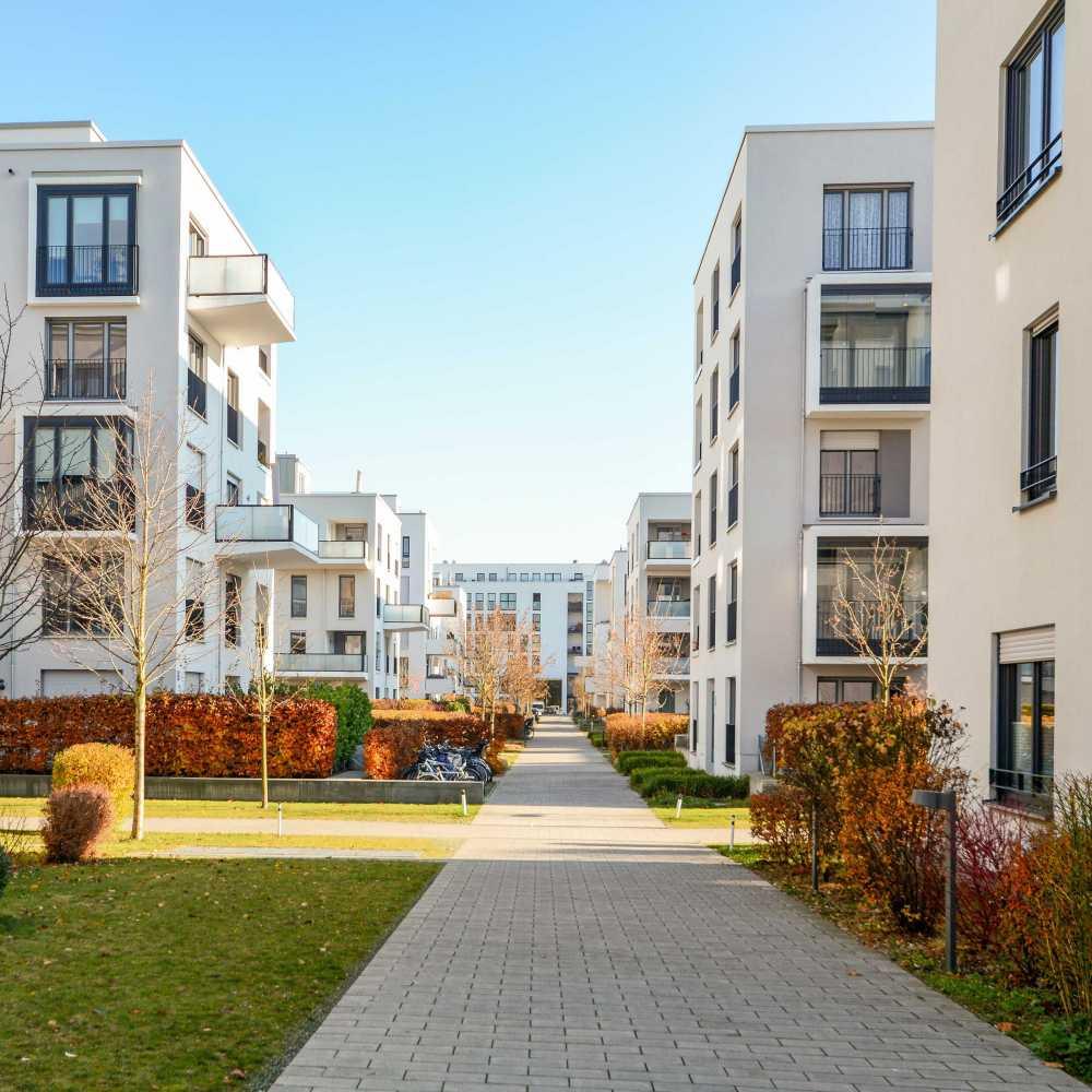 Usługi porządkowe na osiedlach mieszkaniowych-min
